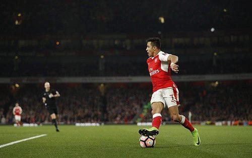 Football - Premier League - Arsenal / West Bromwich Albion [Live]