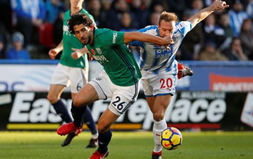 Football - Premier League - Huddersfield Town / Chelsea [Live]
