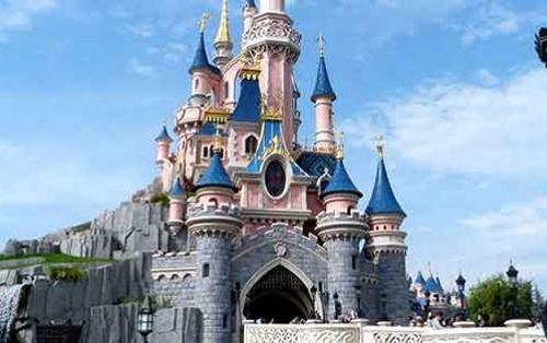 En attendant Noël : une année incroyable à Disneyland